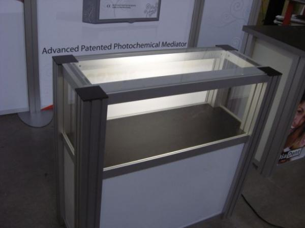 RE-502 Rental Display / Display Case -- Image 2